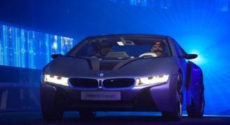 Aυτή η απίστευτη BMW με τα νέα φώτα της AUDI θα σας αφήσει με το στόμα ανοιχτό! (βίντεο)