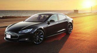 Δες το Insane Mode του Tesla P85D και δεν θα κοροιδέψεις ποτέ ξανά τα ηλεκτρικά αυτοκίνητα! (βίντεο)