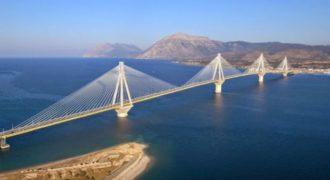 Δείτε το βίντεο που κάνει θραύση στο youtube από τη γέφυρα Ρίου Αντιρρίου