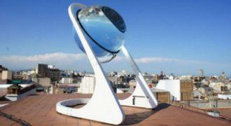 Αυτή η τεράστια γυάλινη σφαίρα φέρνει την επανάσταση στο χώρο της ηλιακής ενέργειας, παγκοσμίως