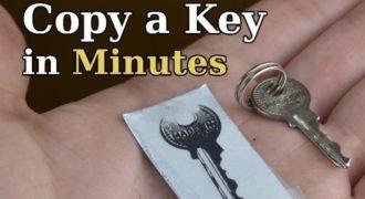 Πανέξυπνο! Δες πώς θα φτιάξεις αντικλείδι εύκολα και γρήγορα! (Βίντεο)