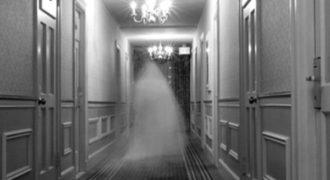 Μεσίτες τρέχουν να σωθούν από φαντάσματα σε «στοιχειωμένο» σπίτι