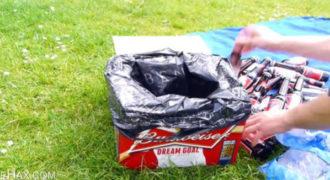 Έβαλε μια σακούλα σκουπιδιών σε ένα άδειο κουτί από μπύρες. Ο λόγος είναι πολύ χρήσιμος.