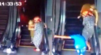 Άνθρωποι που χρησιμοποιούν για Πρώτη Φορά μια Κυλιόμενη Σκάλα ! (Video)