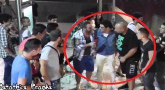 Πως θα αντιδρούσατε αν σας φερόντουσαν σαν διάσημο ; Δείτε την φάρσα στην Αθήνα. (Βίντεο)