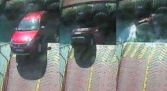 Απίστευτο βίντεο! Έτρεξε να προλάβει το φέρι-μποτ αλλά… (Βίντεο)