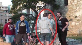 Άγριος τσαμπουκάς στο κέντρο της Θεσσαλονίκης με έναν πολύ απρόσεκτο τύπο. (Βίντεο)