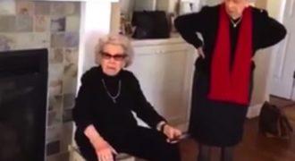 Ξεκαρδιστική γιαγιά 101 χρονών και η μικρή της αδερφή, κερδίζουν τη λατρεία του Internet!