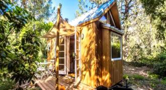 Μπορεί αυτό το σπίτι να είναι μόλις 13 τμ αλλά είναι φανταστικό! (Βίντεο)