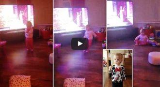 Χαμός στο διαδίκτυο:»Φάντασμα» ή «αόρατη δύναμη» σπρώχνει παιδάκι(Βίντεο)