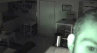ΑΝΑΤΡΙΧΙΑΣΤΙΚΟ: Ακουγε θορύβους στην κουζίνα κι όταν έβαλε κάμερα τρόμαξε πραγματικά! (VIDEO)