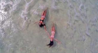 Χρησιμοποιεί κάμερα drone για να βγάλει βίντεο την παραλία. Το βίντεο κόβει την ανάσα!