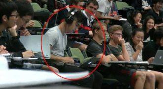 Φοιτητής έβλεπε ταινία πopνό στο αμφιθέατρο αλλά είχε ξέχασε τον ήχο ανοιχτό!
