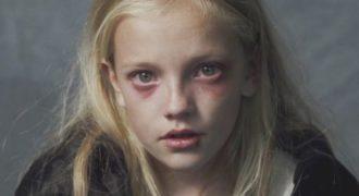 Ένα βίντεο που πρέπει ΝΑ ΔΕΙΤΕ ΟΛΟΙ!!! Η φρίκη που ζει ένα παιδί όταν οι γονείς …