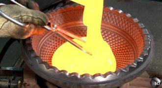 Δείτε την όμορφη διαδικασία για την δημιουργία ενός κρυστάλλινου πολυελέου. (Βίντεο)