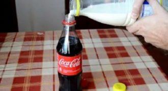 VIDEO- Τι θα συμβεί αν ρίξεις γάλα μέσα στην coca cola;;;