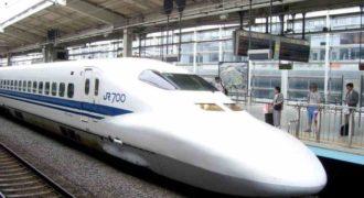 Αυτά γίνονται μόνο στην Ιαπωνία- Σε 7 λεπτά ετοιμάζεται το πιο γρήγορο τρένο του κόσμου.