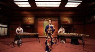 Παίζοντας Michael Jackson με παραδοσιακά γιαπωνέζικα όργανα!