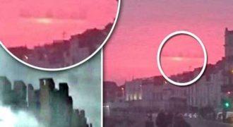 Είδαν πάλι «μυστηριώδη» πόλη που επιπλέει στα σύννεφα. Αυτή την φορά στην Βρετανία.