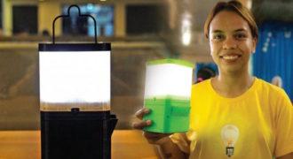 Ερευνητές από τις Φιλιππίνες κατασκεύασαν λάμπα που λειτουργεί με νερό και αλάτι!