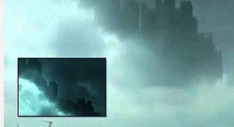 ΑΠΙΣΤΕΥΤΟ! Ιπτάμενη πόλη εθεάθη στα σύννεφα πάνω από την Κίνα. Παράλληλο σύμπαν ή καιρικό φαινόμενο;