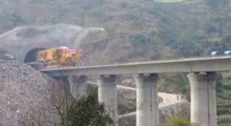 Η κατασκευή μιας γέφυρας είναι … παιχνιδάκι για τους Κινέζους [video]