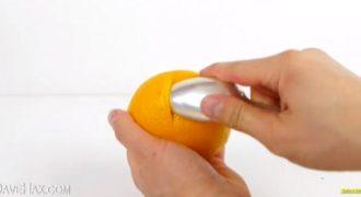 Δείτε το Trick για να καθαρίσετε ένα πορτοκάλι με τον πιο εύκολο και γρήγορο τρόπο. (Βίντεο)