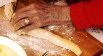 To 1916, οι άνθρωποι έτρωγαν ΑΥΤΟ για πρωινό. 93 χρόνια αργότερα, μια γιαγιά αποκαλύπτει τη μυστική συνταγή του