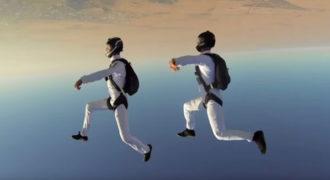 Πηδούν στον αέρα και το θέαμα είναι συγκλονιστικό!