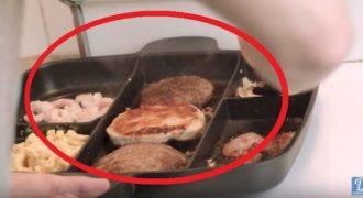 Βάζει 7 συστατικά σε ένα τηγάνι και φτιάχνει κάτι που θα σου ανοίξει την όρεξη… (VIDEO)