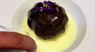 Απίστευτο επιδόρπιο σοκολάτας που ανθίζει σαν λουλούδι! ( Βίντεο)