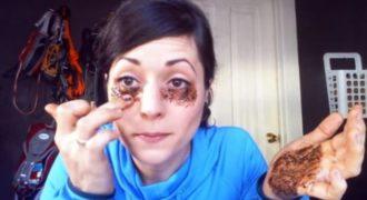 ΑΠΙΣΤΕΥΤΟ «ΚΟΛΠΟ»! Βάζει καφέ κάτω απο τα μάτια της – Δείτε τι πετυχαίνει! Θα το κάνετε και εσείς άμα το δείτε… (ΒΙΝΤΕΟ)