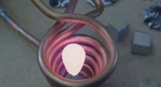 Εντυπωσιακό! Τι συμβαίνει αν βάλεις ένα κομμάτι μέταλλο σε ένα σπιράλ από μαγνήτες; (Video)