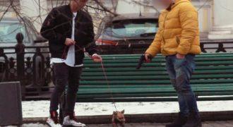 Τους ζητάει να σκοτώσουν αυτό το γλυκό σκυλάκι σε αντάλλαγμα λεφτά. Αυτό που συμβαίνει…