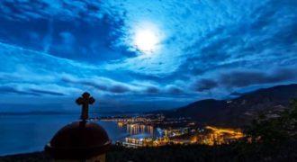 Το βίντεο Έλληνα που σάρωσε στο Χόλιγουντ. Ο ελληνικός ουρανός 365 ημέρες το χρόνο!