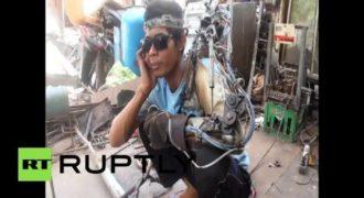 Άνδρας από την Ινδονησία ισχυρίζεται πως έφτιαξε μόνος του βιονικό χέρι.(Βίντεο)