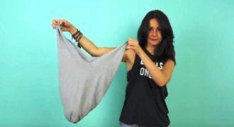 Μετέτρεψε την παλιά της μπλούζα σε…. τσάντα για τα ψώνια! (βίντεο)