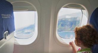 Εσείς γνωρίζατε γιατί τα παράθυρα των αεροπλάνων είναι στρογγυλά;(Βίντεο)