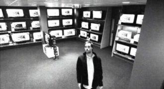 Απίστευτο- Μάλλον αυτός πρέπει να είναι ο πιο έξυπνος κλέφτης που έχει πιαστεί από κάμερα!