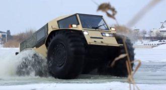 Το καλύτερο φορτηγό στον κόσμο είναι ρωσικό: Το θηριώδες SHERP μπορεί να κινηθεί οπουδήποτε
