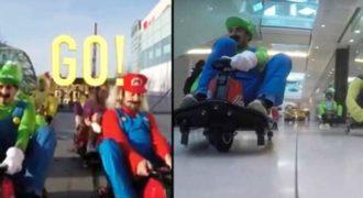 Ντύθηκαν Μάριο και Λουίτζι και «έπαιξαν» αληθινό Μάριο Καρτ μέσα σε εμπορικό κέντρο!