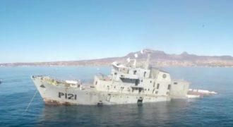 Μοναδικές εικόνες: Δείτε τη βύθιση πολεμικού πλοίου από μέσα! (Βίντεο)