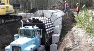 Το πανέξυπνο μηχάνημα-φορτηγό που κατασκευάζει τούνελ με μεγάλη ευκολία!
