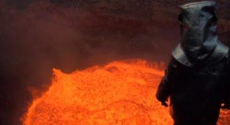 Το εσωτερικό ενός ηφαιστείου είναι ίσως ότι πιο εντυπωσιακό πράγμα που έχετε δει. (Βίντεο)