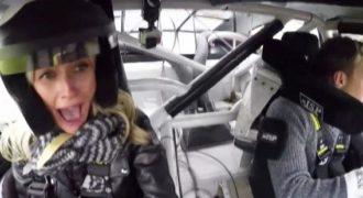 Πρώην οδηγός F1 φοβίζει μια ξανθιά κάνοντας της… «Ντόνατς!»