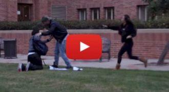 Δείτε τι έκανε όταν είδε τον Αβοήθητο Μαθητή να πέφτει Θύμα Bullying [Βίντεο]