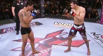 Ένας μαχητής MMA βγάζει Knockout τον αντίπαλο του με μια απίστευτη κλωτσιά. (Βίντεο)