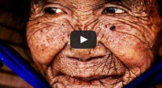 ΣΥΓΚΛΟΝΙΣΤΙΚΟ ΒΙΝΤΕΟ: Γυναίκα 100 ετών, γίνεται… 20 μέσα σε 3 λεπτά!