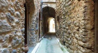 Το διάσημο Μεσαιωνικό Kαστροχώρι της Χίου ή αλλιώς «μαστιχοχώρι» σε ένα εκπληκτικό βίντεο.