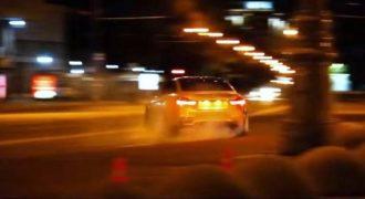 Video: Οδηγική παράνοια με M4 στη Μόσχα